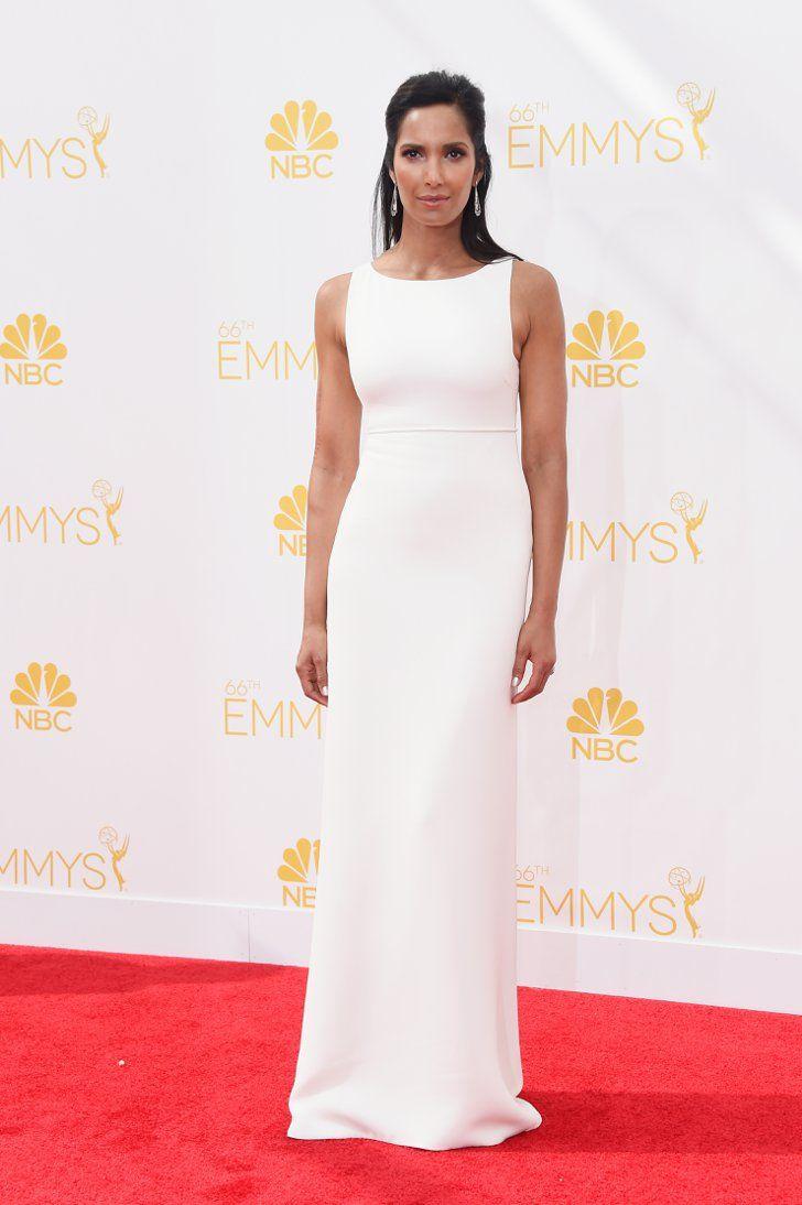 Pin for Later: Voilà la Preuve Que le Blanc Va à Tout le Monde Padma Lakshmi La robe couleur neige de Padma était simple, mais elle allait parfaitement avec son teint.