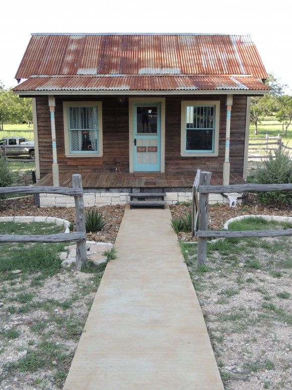 1082 best texas tiny house images on pinterest little houses small homes and small houses. Black Bedroom Furniture Sets. Home Design Ideas