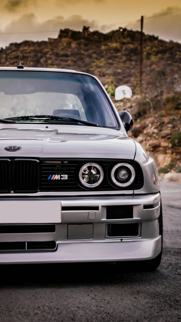 Anyone Who Wants A Vertical Wallpaper For Their Phone Comment Down Below The Car You D Like To See In 2020 Bmw Girl Bmw Wallpapers Car