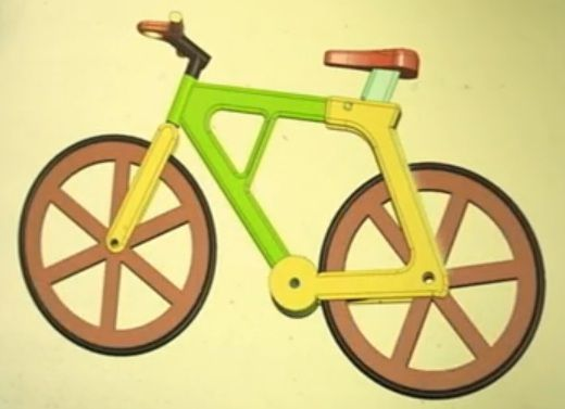 Working bicycle made with cardboard