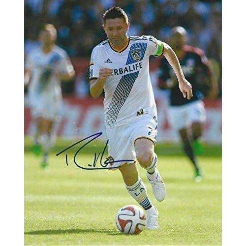 Robbie Keane, Los Angeles Galaxy, Ireland National Football Team, Signed, Autographed, 8x10, Photo, a Coa with the Proof Photo of Robbie Signing Will Be Included