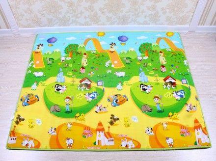 Krásný dětský pěnový koberec s pestrými motivy, je ideálním pomocníkem při dětských hrách.
