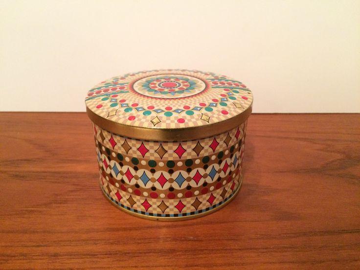 "Decorative Tin Cannister Made in Belgium 4.25"" diameter x 2.75"" high"