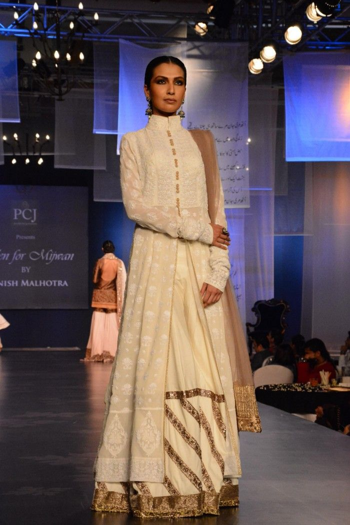Manish Malhotra Mijwan Fashion Show 2014 : WMG Picks