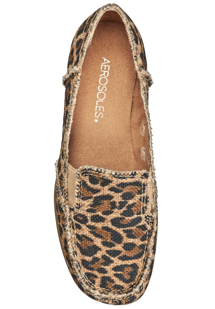So Soft Flat by Aerosoles... I have these!!! Now I need to make a complete outfit...