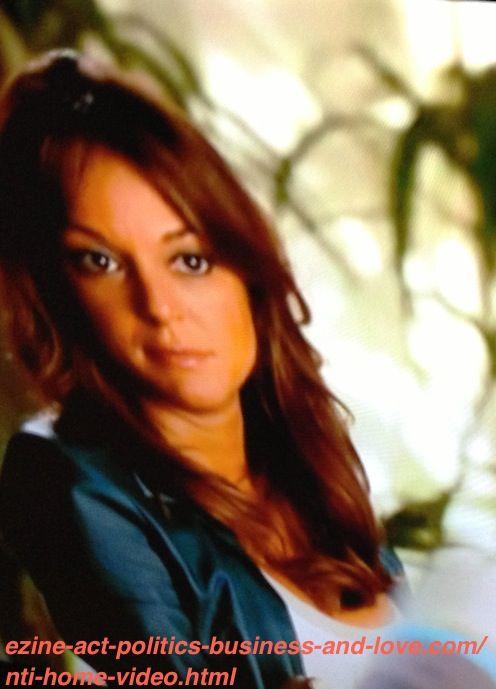 Eva LaRue, Detective Natalia Boa Vista, CBS Series CSI Miami