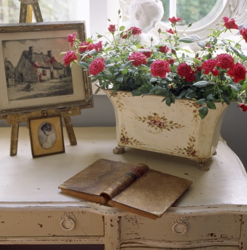 Lovely details. A Quaint Cottage... (1) From: Vemdaterra, please visit