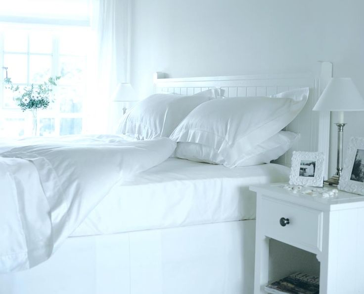 Manhattan Range Of Classic Bedroom Furniture In Painted White Finish