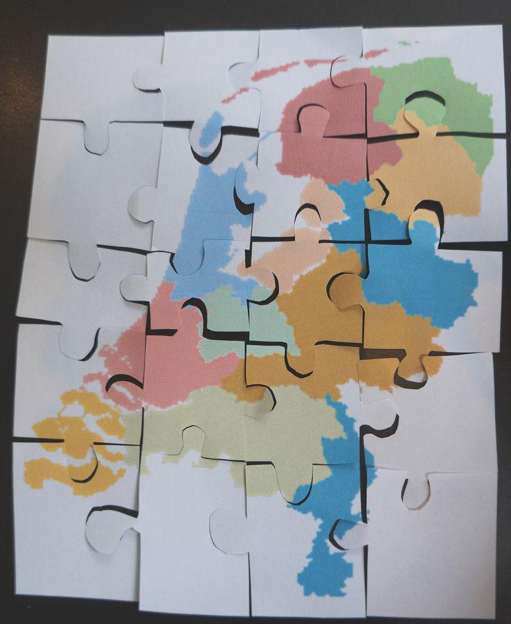 Aardrijkskunde. Print een plaat van de wereld. Laat de leerlingen deze in puzzelstukjes knippen. Daarna ruilen alle kinderen hun puzzel met een ander. Dat kind maakt de puzzel. Zo krijgen de kinderen een beter beeld van hoe de wereld er uit ziet. Het zelfde kun je doen met een kaart van Nederland of met een plattegrond van de school, bijvoorbeeld.
