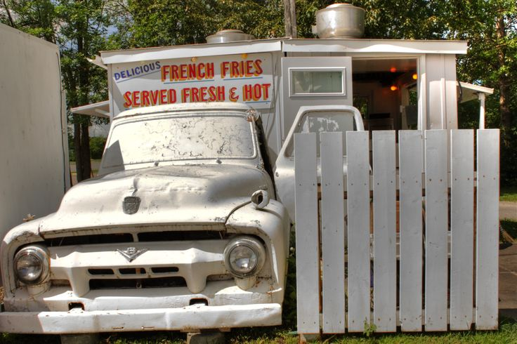 2012 Wes's chip wagon - Arnprior, Ontario - best french fries ever!