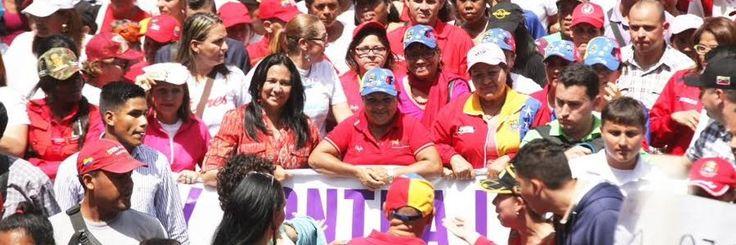 @HogarDeLaPatria : RT @MinMujer: Inclusión Social @MinMujer felicita a la GM @HogarDeLaPatria por su 2 aniversario trabajando por la erradicación de la pobreza