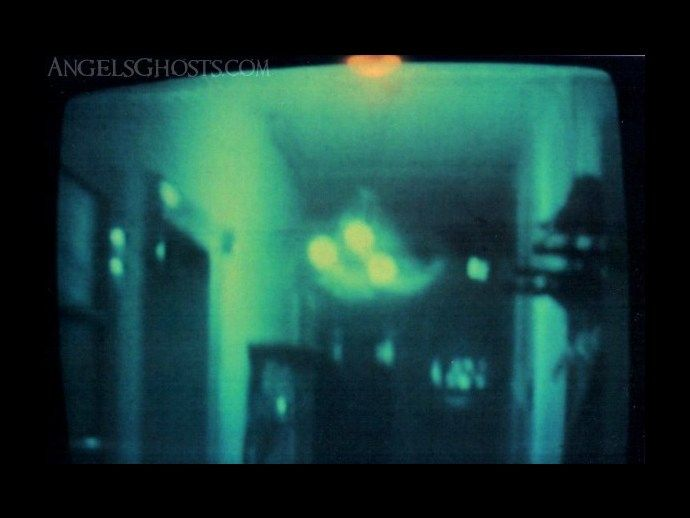 201 best poltergeists images on pinterest paranormal paranormal old video still from the 1960s shows a swinging chandelier from a famous poltergeist case fandeluxe Document