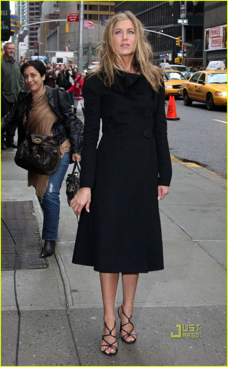 Jennifer Aniston 2010, outside the Ed Sullivan theater prior to taping her appearance on Late Night with David Letterman in NYC.