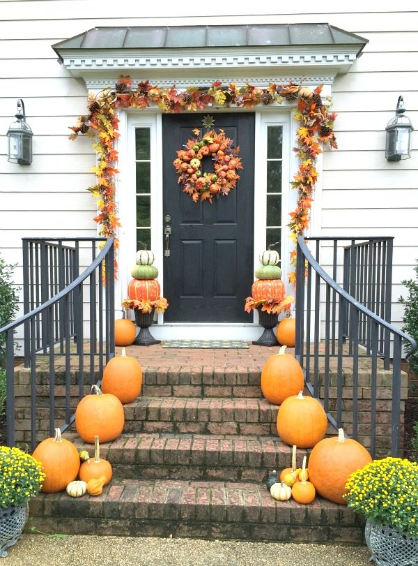 Super Easy Autumn Porch Decorating Ideas