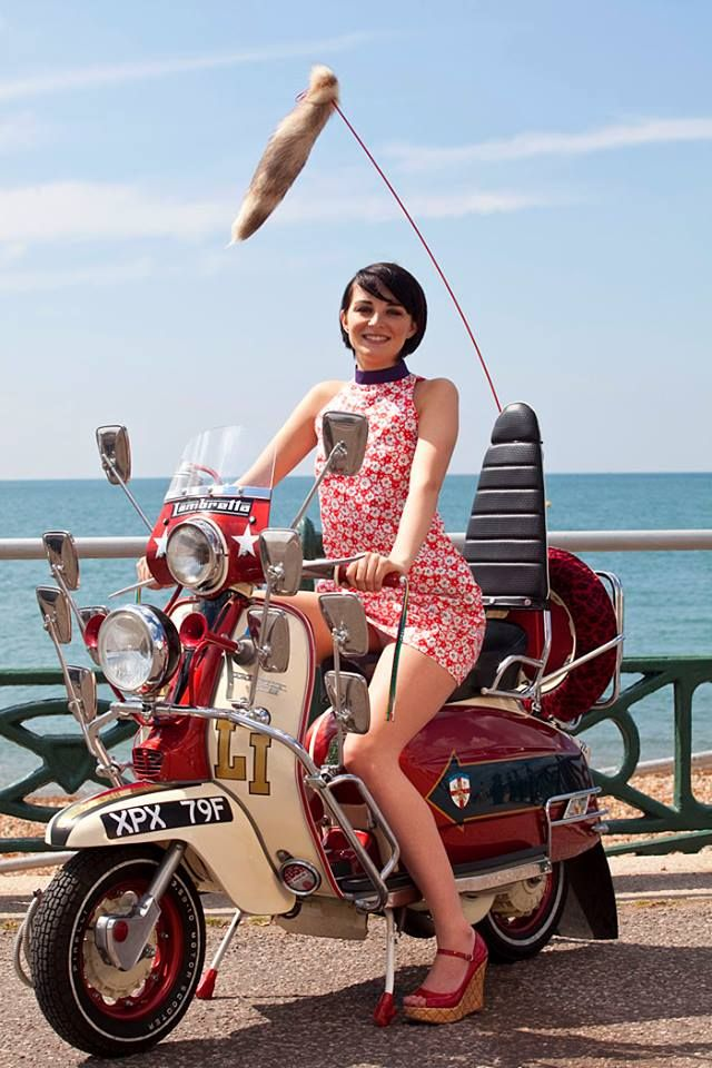 scoot girl