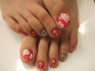 delicate toe nail