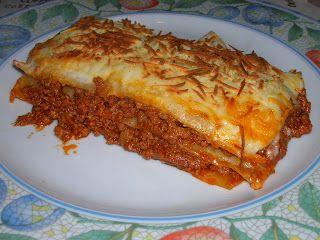 Lassanya bolonyesa/ Lasaña boloñesa/ Lasagna bolognesa/ Lasanha bolonhese