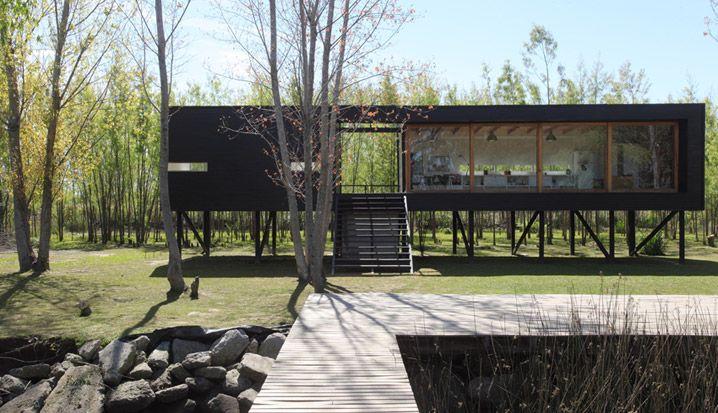 Casa Tigre | Proyecto Lucila Raastellini - Daniel Wepfer - Paola Salaberri | MAQUILA Arq