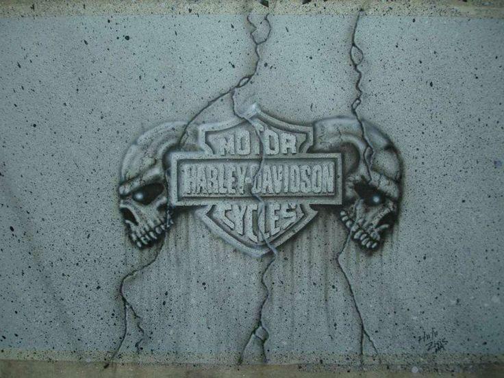 Harley Logo & Skulls In Stone!!