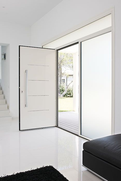 34 best portes aluminium zilten images on pinterest doors antalya and swimming pools for Porte aluminium blanche