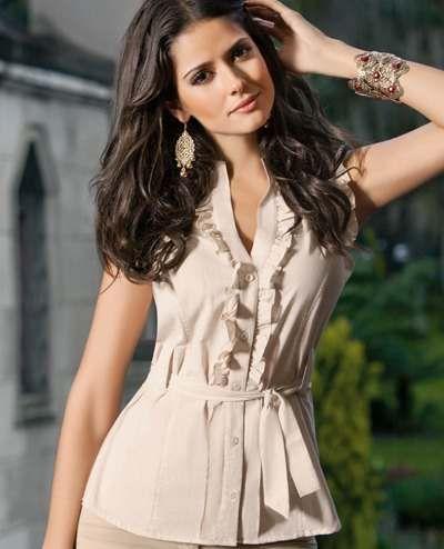 http://vestidosdenochecortos.com/elegantes-blusas-para-fiestas/                                                                                                                                                                                 Más