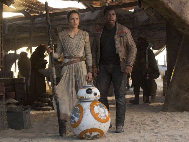 Carrie Fisher was 'crying' when she saw 'The Force Awakens'