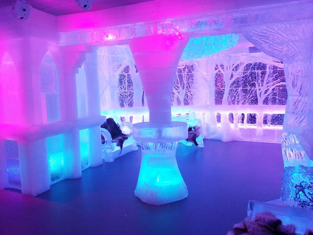minus5° Ice Bar, A Bar Made Entirely of Ice Opens in New York Hilton Midtown Manhattan