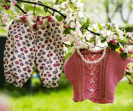 Pludderbukser og rosa bluse til build-a-bear http://www.hendesverden.dk/handarbejde/syning/Pludderbukser-og-rosa-bluse-til-Build-a-Bear/