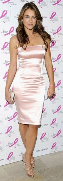 Love this pink dress, she rocks it