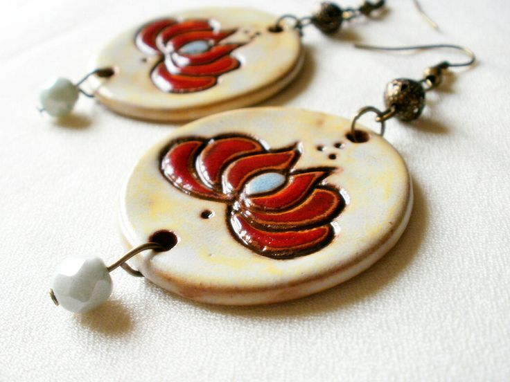 Scratched glazed ceramics earring ,with a Matyó sample .