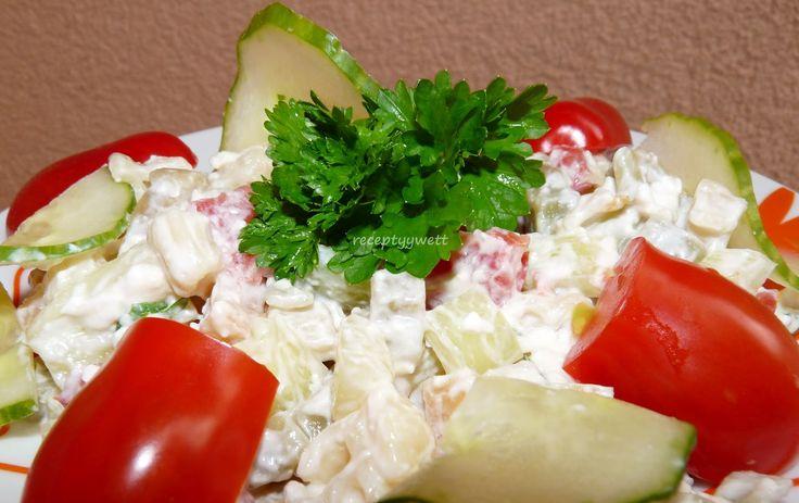Cestovinový šalát 500g bezvaječné- farebné cestoviny podľa chuti-syr niva paradajky paprika uhorky šalátové 2-3 kelímky kyslá smotana alebo jogurt biely petržlenová vňať