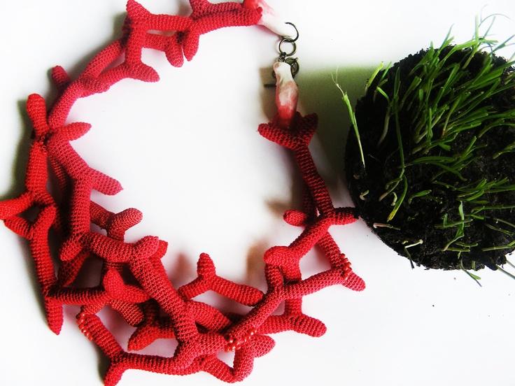 """Colier """"Coralia Red"""" (Rezervat) (130 LEI la lida.accessories.breslo.ro)"""