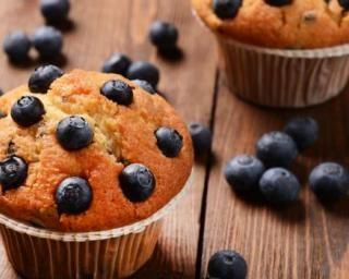 Muffins light aux myrtilles et son d'avoine : Savoureuse et équilibrée | Fourchette & Bikini