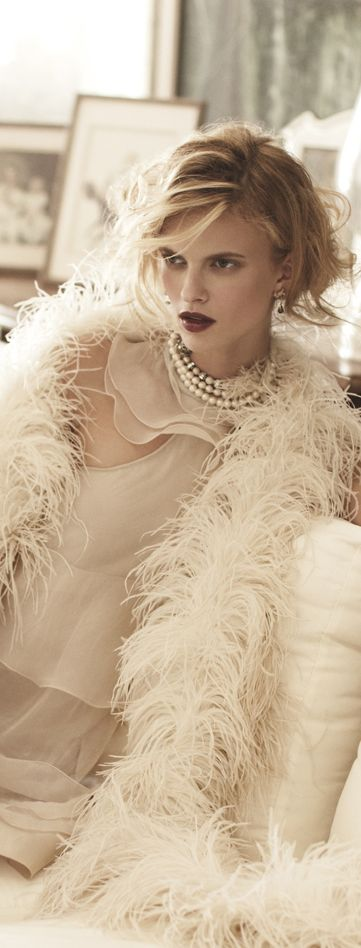 ♥ Romance of the Maiden ♥ couture gowns worthy of a fairytale - Sophie Holmes Elle Germany