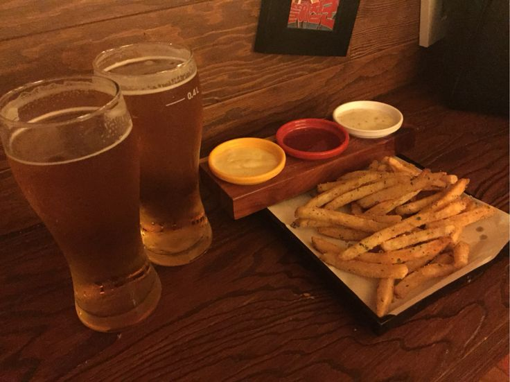 As expected, #beer and #frenchfries are the best!! Hot Friday is so good~~