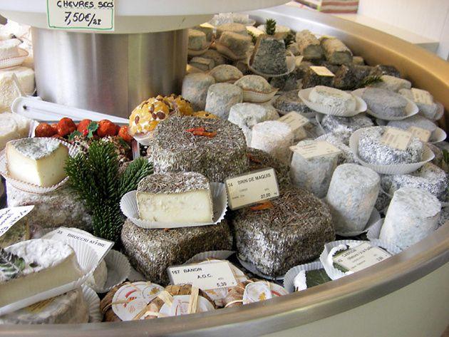 Exposición de los quesos de Madame Hisada, Le Salon du Fromage Hisada, París.