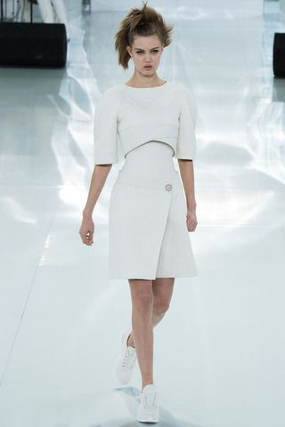 Cropped for spring. Chanel Spring 2014 Couture Collection Slideshow on Style.com