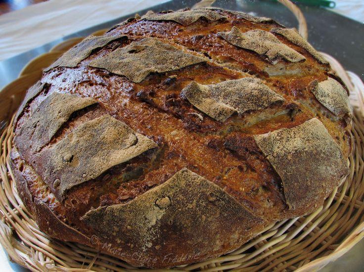 pain au levain : une journée du réveil du levain au pain cuit !