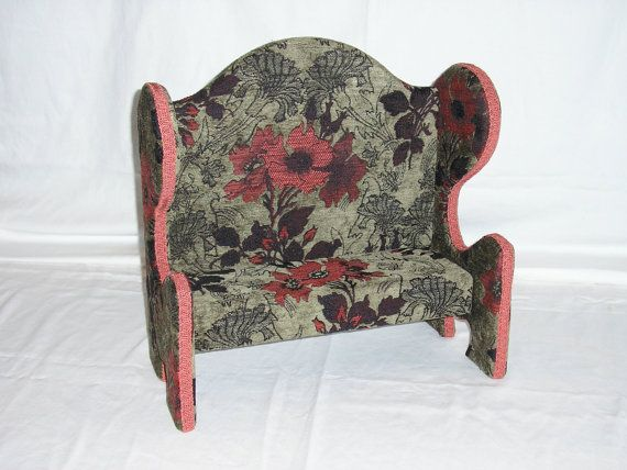 Upholstered Doll Bench by QuarterCreek on Etsy, $59.99Dolls Benches, Dolls Clothing, Upholstered Dolls