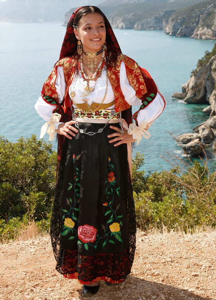 DORGALI traditional folk costume from Sardinia