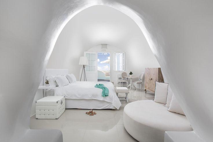 Kirini Suites & Spa Hotel (Santorini/Oia)