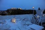 Tο εστιατόριο Kuzina υποδέχεται το καλοκαίρι με ανανεωμένο μενού δια χειρός Άρη Τσανακλίδη και θέα στην Ακρόπολη!