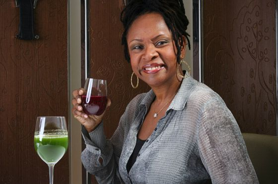 Robin Quivers Net Worth - Is She One Of America's Richest Women? #RobinQuiversNetWorth #RobinQuivers #gossipmagazines
