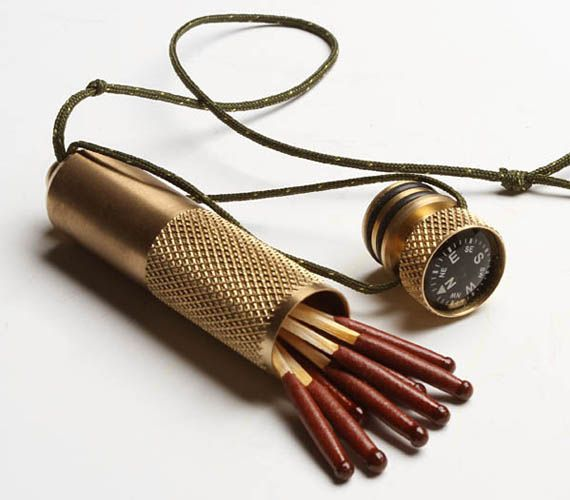 Nice for the outdoorsy type...: Modern But, Brass Stowe Away, Camps Equipment, Gifts Ideas, Survival Kits, Brass Stowaway, Stowaway Capsule, Stowe Away Capsule, Compass