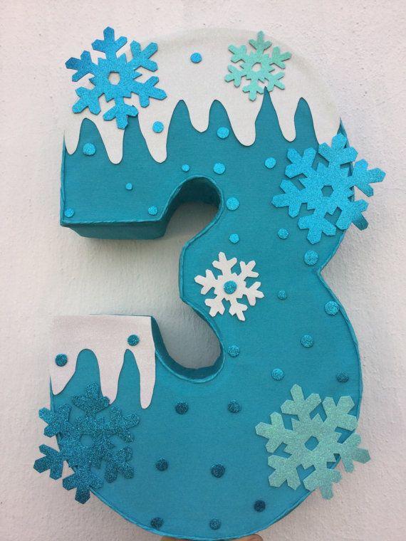 Piñata de frozen. Número decorado de frozen. snow por aldimyshop