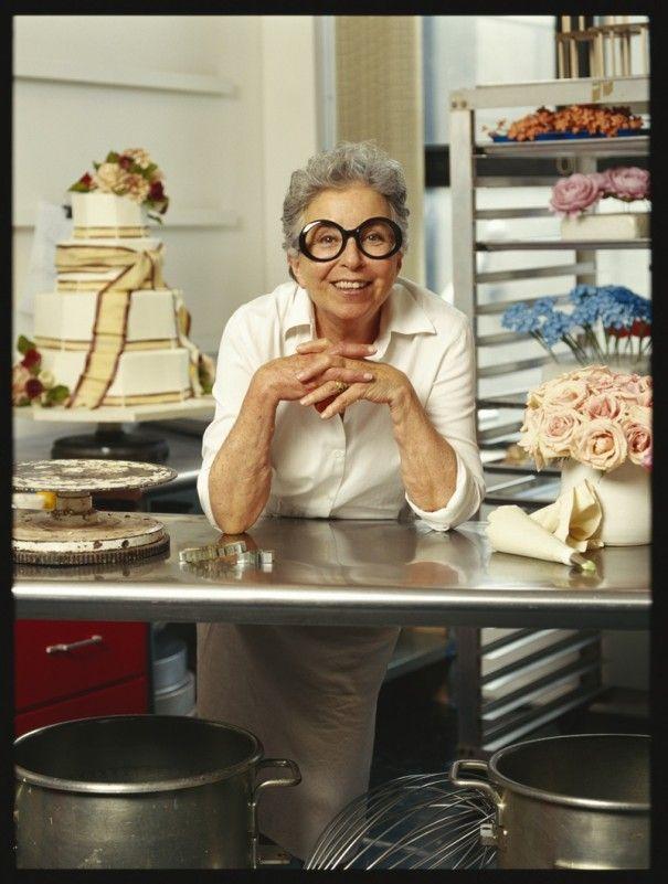 SYLVIA WEINSTOCK - The Queen of Cake!