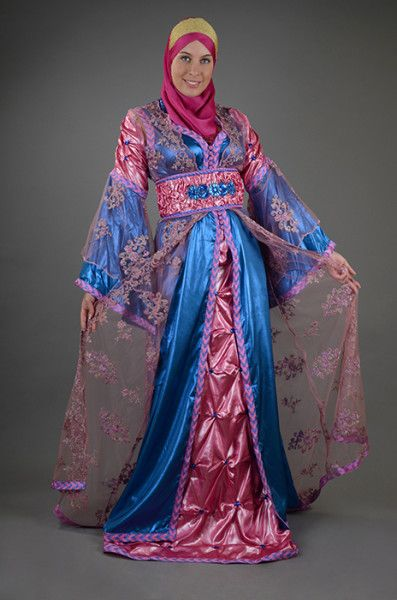 #Pink & #Blue #Moroccan #Kaftan  Visit http://moroccankaftan.info