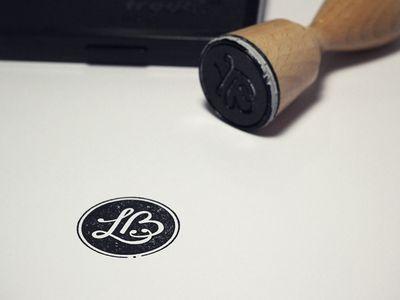 this makes me want to hone in my calligraphy skills! bravo.
