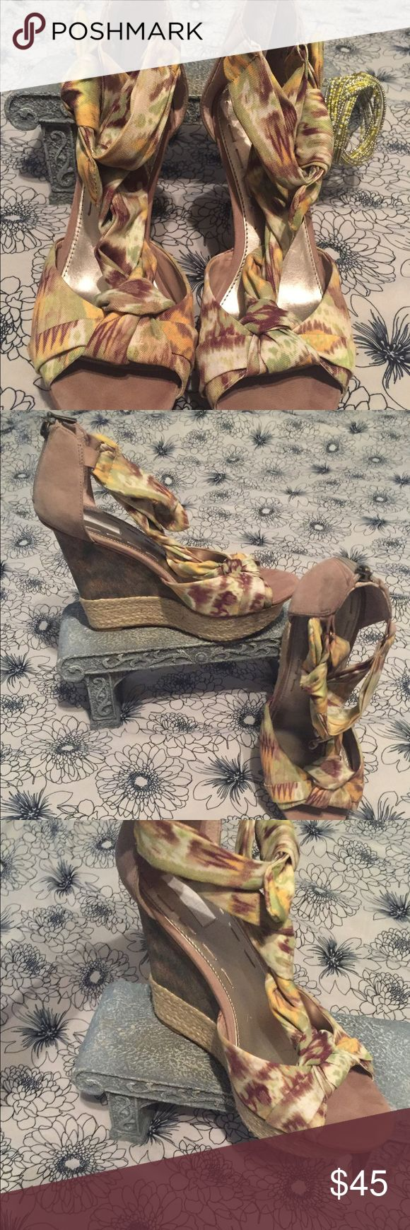 Rachel Roy leather wedge shoes Super cute leather base wedges with multiple colored design. Zip up heel area with bow. Barely worn no signs of wear on shoe except MINOR  scuffs on bottom soles of shoes Rachel Roy Shoes Platforms