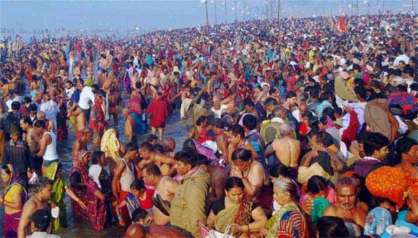 Godavari Pushkaralu commences in AP, Telangana Read complete story click here http://www.thehansindia.com/posts/index/2015-07-14/Godavari-Pushkaralu-commences-in-AP-Telangana-163352